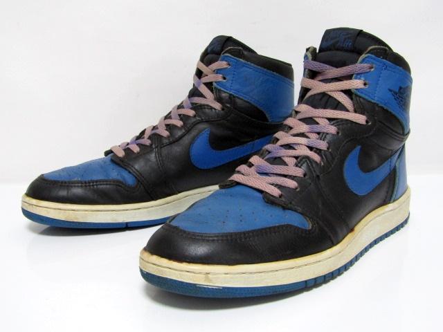 24f48b03 NIKE AIR JORDAN 1 HIGH OG BLACK ROYAL BLUE from 1985 Pre-Owned Excellent  Condit …